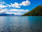 La tranquilidad de un impresionante lago