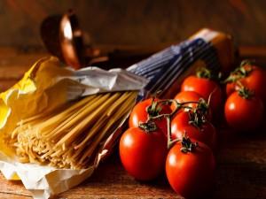 Pasta y tomates