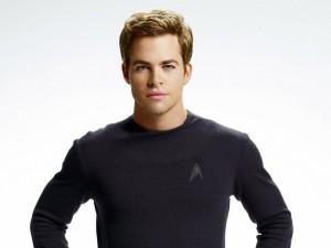 """Chris Pine con la vestimenta de """"Star Trek"""""""