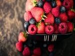 Fresas, frambuesas y arándanos