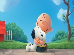 Charlie abrazando a Snoopy