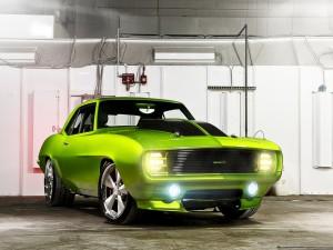 Camaro Monster de color verde