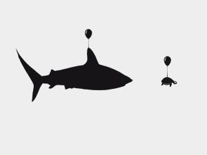 Tiburón y tortuga volando en un globo