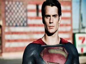 Henry Cavill interpretando a Superman