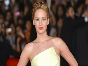 Jennifer Lawrence con un original vestido