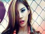 Chica asiática maquillada