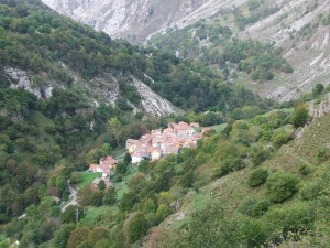 Bonitas vistas de Tielve (Parque Nacional de los Picos de Europa, Asturias)