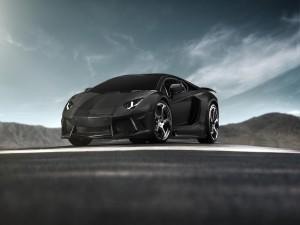 Lamborghini de color negro