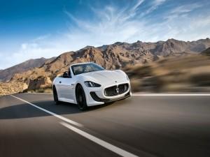 Conduciendo un Maserati GranCabrio MC