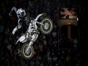 Salto en el campeonato mundial Red Bull X-Fighters