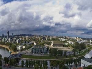 Vista panorámica de la hermosa ciudad de Vilna (Lituania)