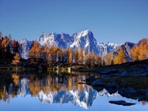 Mont Blanc en otoño