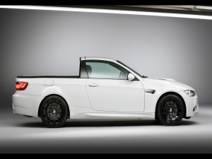Un BMW M3 Pickup blanco