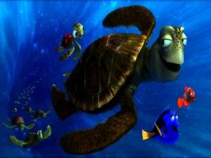 Nemo y Dory junto a la tortuga Crush (Buscando a Nemo)