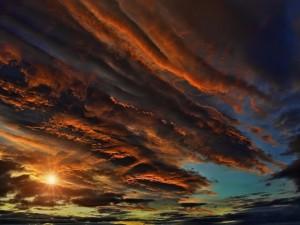 Cielo colorido al amanecer