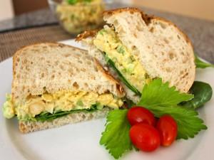 Sándwich en un rico pan