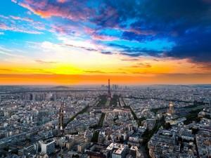 Hermoso cielo sobre París