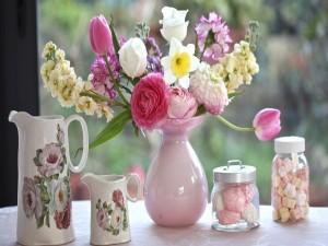 Jarrón con hermosas flores