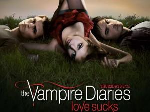 Elena, Stefan y Damon sobre la hierba (The Vampires Diaries)