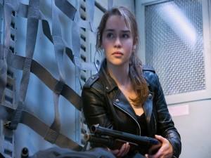 "Emilia Clarke como Sarah Connor en ""Terminator: Genesis"""