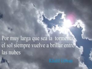 Frase escrita sobre las nubes