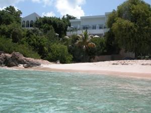 Playa en la isla caribeña de Anguila