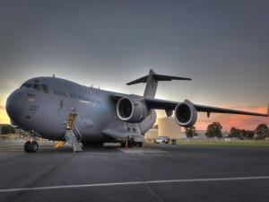 Boeing C-17 Globemaster III,  avión de transporte militar pesado