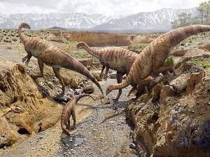 Dinosaurios en el cauce de un río seco