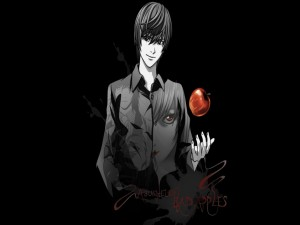 Light Yagami con una manzana roja (Death Note)
