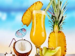Zumo de frutas tropicales