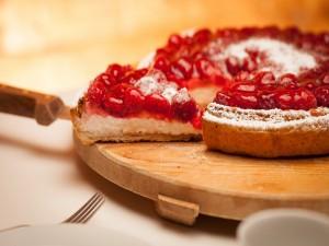 Tarta de hojaldre con frutos rojos