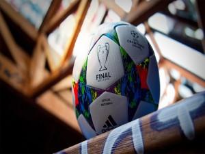 Balón de la final de la Copa de Europa 2015