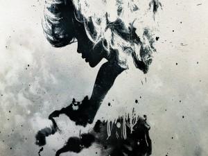 Silueta abstracta de una mujer
