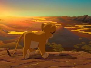 Simba caminando en soledad (El Rey León)
