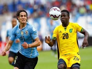 """Edinson Cavani (Uruguay) jugando contra Jamaica """"Copa América 2015"""""""