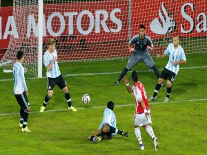 """Tiro a puerta de Lucas Barrios (Paraguay) """"Copa América 2015"""""""