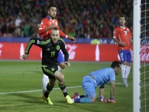 """Gol de Matías Vuoso (México) en la portería chilena """"Copa América 2015"""""""