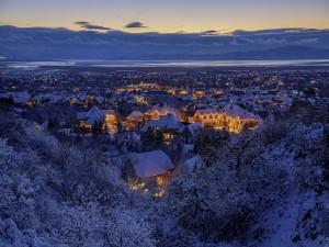 Tarde de invierno en una ciudad
