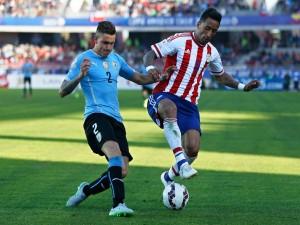 """Uruguay empata (1-1) con Paraguay en la """"Copa América Chile 2015"""""""