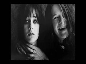 Las hermosas cantantes Janis Joplin y Grace Slick