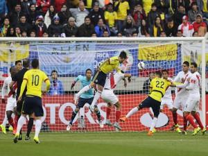 """Jugada en el partido Colombia contra Perú """"Copa América Chile 2015"""""""