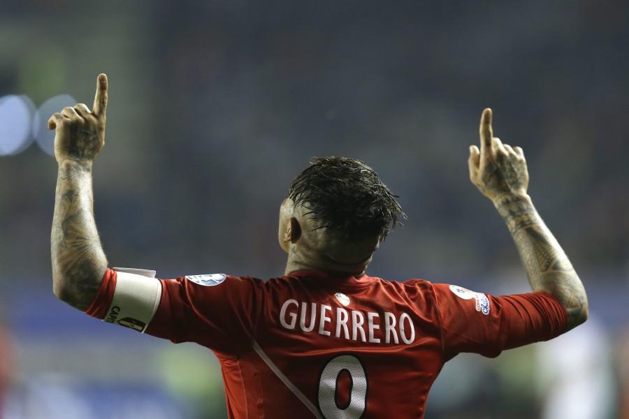 """Paolo Guerrero máximo goleador en el partido Perú contra Bolivia """"Copa América 2015"""""""