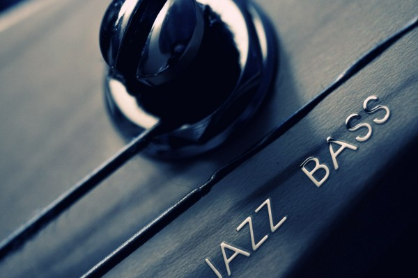 Guitarra Jazz Bass