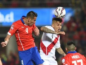 """Guerrero (Perú) en el partido de semifinales contra Chile """"Copa América 2015"""""""