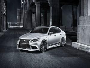 Un Lexus gris