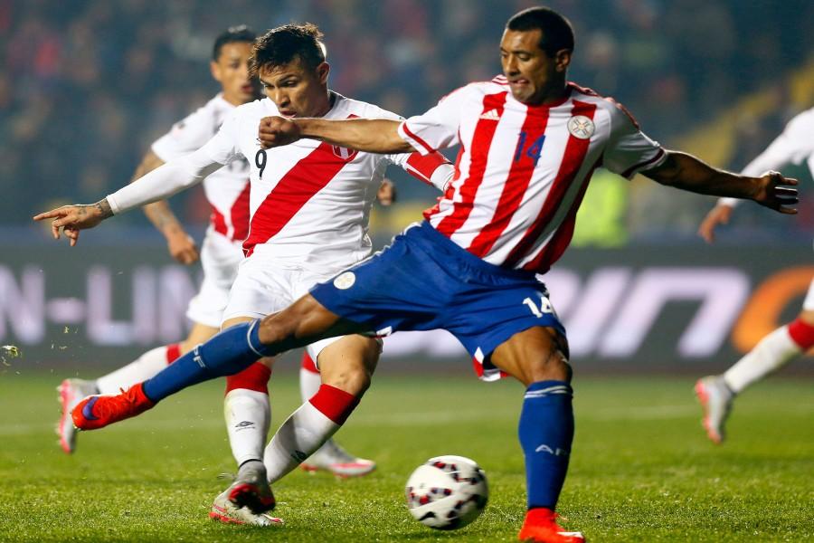 "Perú gana a Paraguay (2-0) en la ""Copa América Chile 2015"""