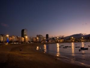 Playa de las Canteras al amanecer (Gran Canaria)