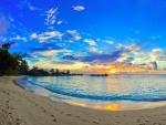 Bonito cielo sobre una playa