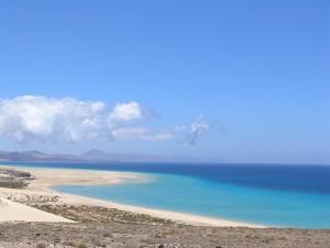Hermosas vistas de la playa de Sotavento (Fuerteventura, Canarias)