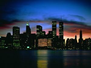 Amanecer en una gran ciudad
